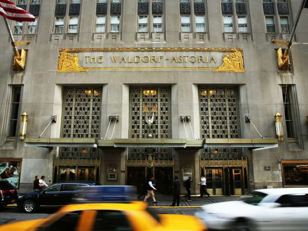 Anbang has been expanding into North American real estate since its purchase in early 2015 of Manhattan's Waldorf Astoria hotel for US$1.95 billion.