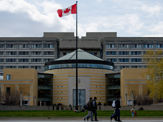York University had no trouble selling a $100 million, 40-year offering, despite two debt downgrades.