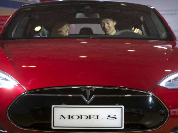 The mass-market Model 3 received deposits for 400,000 reservations in the weeks after the March 31 unveiling of the prototype.