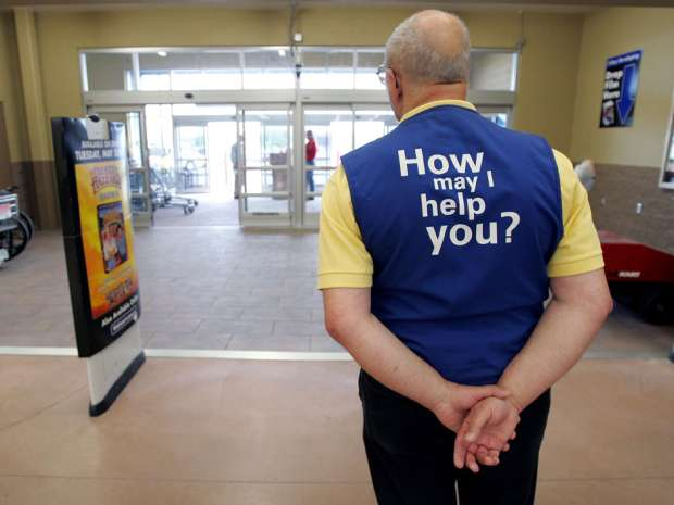 Wal-Mart is bringing greeters back to its U.S. supercentre stores to deter theft.